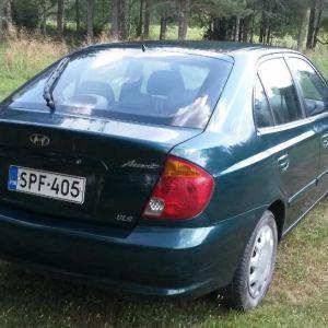 Myydään Hyundai Accent 1.6 GLS 5d, viistoperä, tuotannon vuosi 2003, väri on vihreä metall