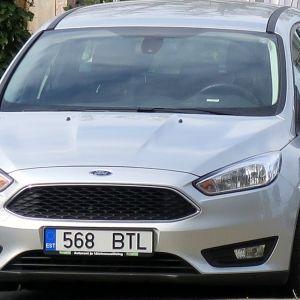 Šī automašīna atrodas Rīgā, Latvijā.